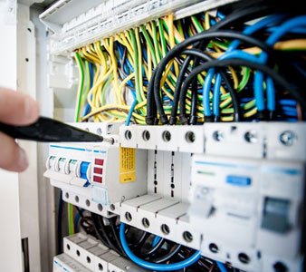 How To Choose The Best Commercial Electrical Contractors?